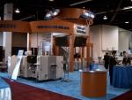 삼성테크윈은 최근 세계 최대 반도체 장비(SMT) 전시회인 APEX 2005에 참가하여 칩마운터 신제품 SM320의 신제품 발표회와 함께 SMT 기술동향 세미나를 개최하였다.삼성테크윈 부스 모습