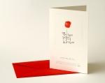 """빨간 봉투와 카드로 구성된 손도장 카드 """"꽃이 와서"""""""