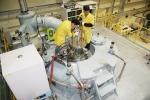 원자력硏, 세계 유일의 원심분무 기술로 만든 U-Mo 분말 벨기에 수출