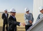 지난 7월말 중동지역 현장 방문에서 사우디 카란가스처리시설공사 현장 및 쿠웨이트 슈아이바 북부 복합화력발전소 현장에 들러 공사 진행현황을 보고받고 있다.