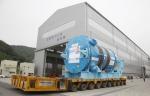 두산중공업은 22일, 경남 창원에 위치한 두산중공업 원자력 공장에서 제작을 마친 '중국 산먼 AP1000 원자로'를 출하하고 있다.