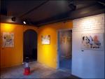 런던에 있는 갤러리 43 Inverness Street 이 한국에서 기획한 첫 번째 전시 '돌아가자, 장미여관으로'가 1월 11일 오후 6시에 이태원의 꿀에서 오픈했다.