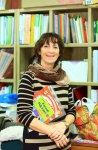 자람터에서 영어수업 봉사를 하는 영국인 제니퍼 슬리 씨(Jennifer Slee).