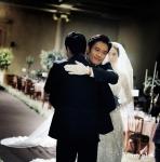 이은희의 경건하고 아름다웠던 웨딩 사진이 공개됐다.(사진제공:써니플랜)