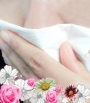 만약 재채기, 맑은 콧물, 코막힘의 증상이 나타난다면 알레르기 비염을 의심해 볼 수 있다.