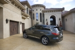 인피니티는 7인승 럭셔리 크로스 오버 올 뉴 인피니티 JX(All-new INFINITI JX)가 미국의 자동차 전문 미디어 <워즈 오토(Ward's Auto)가 선정한 2012 10대 인테리어 어워드>를 수상했다고 밝혔다. (사진제공: 한국닛산)