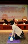 '2012 재난대응 안전한국훈련'을 시작한 서울지방우정청 직원들이 26일 오후 명동 포스트타워 10층 대회의실에서 심폐소생술 체험훈련을 하고 있다. (사진제공: 서울지방우정청)