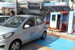 전기차 충전하는 모습 (사진제공: 한국전기연구원)