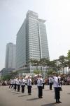 삼성 디지털시티(수원 소재)에서 열린 '2012 가족초청 사랑가득 봄나들이'에서 경찰의장대의 공연이 펼쳐졌다. (사진제공: 삼성전자)