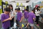 5월 21일 삼성전자가 서초사옥 홍보관 '삼성 딜라이트' 2층에 '소프트웨어 체험관'을 개관해 어린이들이 갤럭시탭을 활용해 다양한 소프트웨어를 체험하고 있다. (사진제공: 삼성전자)