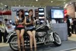 KT와 (주)엠지오퍼레이션이 런칭한 올레 바이크세이프가 코엑스 World IT Show에서 야심차게 선보인 M2M 단말기로 압도적인 관심을 끌었다.