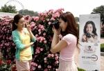 삼성전자가 삼성 카메라 유저들에게 특별한 출사 기회를 제공하기 위해 지난 2~3일 에버랜드에서 장미축제 출사 이벤트를 개최했다. (사진제공: 삼성전자)