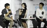 삼성전자가 지난 11일 서울 용산 CGV 아이맥스관에서 삼성 스마트 카메라 NX1000 출시를 기념해 삼성 스마트 카메라 'SEND 무비 콘서트'를 개최했다. (사진제공: 삼성전자)