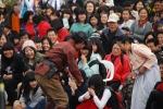 일본 모리형사 관객과의 댓거리 장면 (사진제공: 극단갯돌)