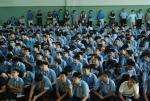 스마트폰 익명신고시스템 도입설명회에 참석한 청구중학교학생들과 학부모 (사진제공: 레드휘슬)
