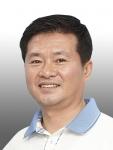 원샷인사 사례 김용술 씨 (사진제공: 기업은행)
