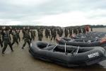 연일 폭염이 계속되는 가운데 여름방학을 이용해 해병대캠프에 참가한 가람중학교 간부학생 80여명이 훈련에 열중이다. (사진 제공=해병대전략캠프) (사진제공: 더필드)