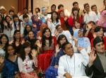 여성가족부와 한국청소년단체협의회가 개최한 2012 아시아 청소년 초청연수 개회식이 아시아23개국 200여명의 대학생, 청소년들의 참여한 가운데 7일 국제청소년센터에서 성황리에 열렸다. 참가 대학생, 청소년들이 개회식에서 자국 전통의상을 입고 즐거워하고 있다. (사진제공: 한국청소년단체협의회)