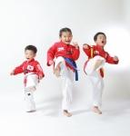 태글리쉬 아이들 발차기 (사진제공: 태글리쉬)