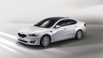 기아자동차㈜는 오는 11월 중 출시 예정인 준대형 세단 'K7 페이스리프트'의 외관을 공개하고 신차급으로 전면적 개선된 디자인을 선보였다.
