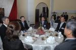 이명박 대통령을 대신해 제9차 라오스 비엔티엔 아셈에 참석한 김황식 국무총리가 재 라오스 동포간담회를 개최했다.