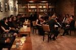 미국 현지 시각 12일 11시에 카페베네 뉴욕 맨해튼 매장에서 열린 금난새의 맨해튼 실내악 페스티벌 2013 모습