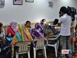 CNN이 2년동안 조사하여 제작한 CNN Freedom Project 특집 다큐멘터리 The Fighters는 필리핀의 인권개척자 Cecilia Flores-Oebanda가 성매매로부터 아이들을 구하고 필리핀 최고의 스타, Manny Pacquiao를 현대판 노예제도와의 전쟁에 투사로 참여시키는 여정을 기록한다.