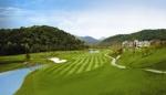 금강센테리움 컨트리클럽은 골퍼들이 취향에 따라 자유롭게 혜택 받을 수 있도록 해피카드, 굿모닝 패키지, 36홀 패키지 등 다양한 할인 이벤트를 제공한다.