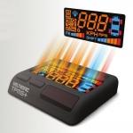 덱스크루는 시장에서 품질이 검증된 제품인 볼트로닉 TPMS+HUD의 장착비 무료 행사를 6월 한달 간 펼친다. 사진은 볼트로닉 TPMS+