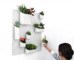 Urbio(얼비오)는 벽면 어디나, 내가 원하는 디자인으로 꾸미는 레고형 모빌 정원이다.
