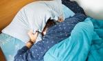 열대야 불면증을 극복할 수 있는 방법을 소개한다.