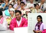 여성가족부와 한국청소년단체협의회가 개최한 2011 아시아청소년초청연수에서 아시아 청소년들이 한글수업을 하며 즐거워하고 있다.