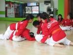 안산 태글리쉬에서 수련생들 훈련을 하고 있다.