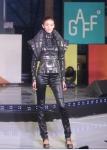 소흥 금란합 의류 액세서리 디자인 유한공사는 서울 강남구청의 초청으로 중국 경방성을 대표해 올해 한국 강남 패션 패스티벌에 참가했다.