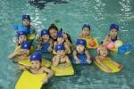 유아스포츠단 수영 수업이 진행되고 있다.