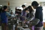 환경실천연합회가 수질보전을 위한 생활실천 교육을 진행하고 있다.