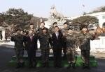 앞열 세번째 육군 제9사단 김용우 소장, 앞열 네번째 한국예탁결제원 유재훈 사장