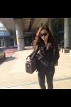미녀 바이올리니스트 박정은씨가 12월 31일 오후, 2013 아듀 공연을 위해 제주공항에 올블랙 공항패션으로 나타났다.
