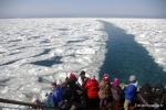 바다가 갈라지는 듯한 모습을 볼 수 있는 쇄빙선체험을 할 수 있다.