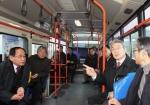 박승호 포항시장은 지난 20일, 민생현장을 살펴보기 위해 시내버스와 택시 등 대중교통을 이용해 시청으로 출근하며 대중교통이용에 따른 시민들의 불편사항을 직접 듣고 개선방안을 논의했다.
