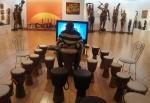 해운대 문화회관 서아프리카예술展에서 특별 체험 프로그램으로 젬베를 마련했다.