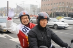 이재원 포항시장 예비후보는 오토바이를 타고 이색 선거운동을 벌였다.