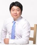정희윤 후보 사진