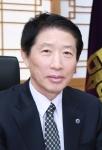 군산대학교 나의균 총장이 대학발전기금 3000만원을 기부했다.