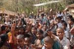 2014 자예드 미래에너지상 수상에 기뻐하는 KSV 고등학교 학생들