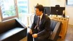 에이스탁 장효빈 대표가 인수 관련 보고를 받고 있다.
