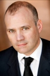 크리스토퍼 C 기글리오(Christopher C. Giglio) 글로벌 홍보담당 부사장