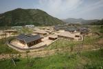 청송문화관광재단이 한옥체험 숙박시설인 민예촌을 시범 운영한다.