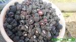 베리팜에서 가공하는 아침의 복분자 원액은 그해 수확한 100% 국내산 순수 햇복분자만 사용해 신선하다.