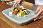 일본 고급 레스토랑 '미타키'가 국내에 진출, 1일 부산 해운대 달맞이 길에 국내 1호점을 오픈했다.